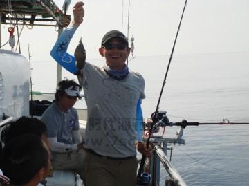 东沙群岛新油井渔获展示