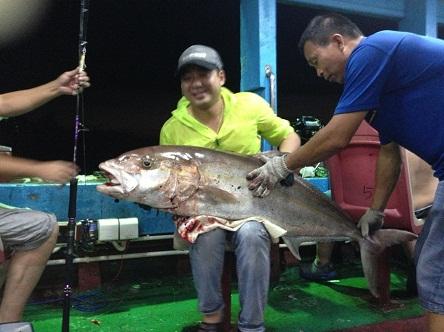 南油钓上章红鱼